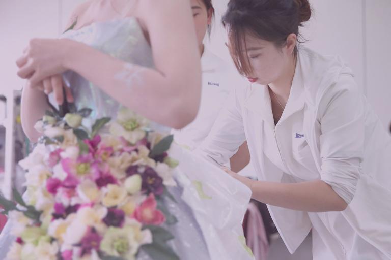 東京の美容学校でブライダルスタイリストの勉強