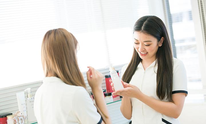 東京の美容学校ハリウッドの接客マナー