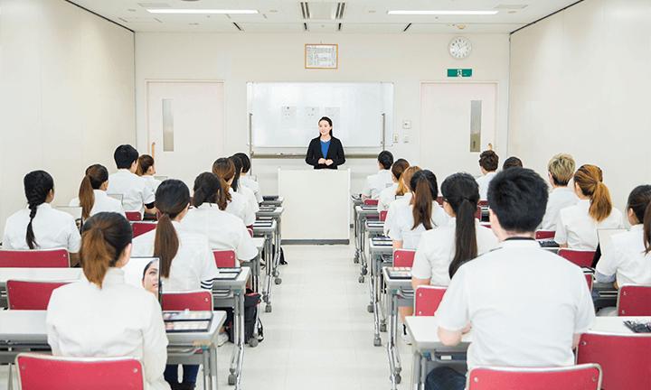 東京の美容学校ハリウッドの教室(クラスルーム)