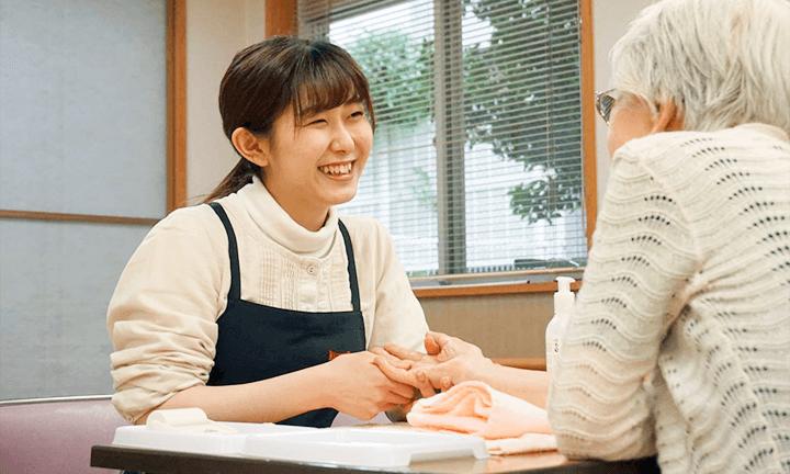 東京で美容を学ぶ 美容ヘルパー