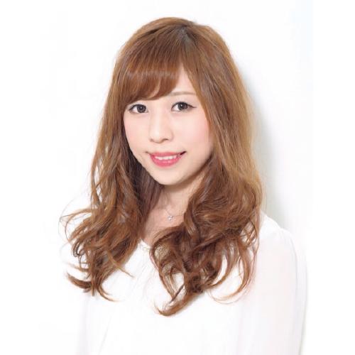 東京の美容学校ハリウッドの卒業生 春原 舞さん