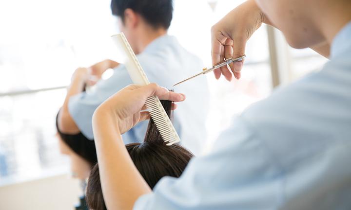 東京でヘアメイク、スタイリストを学べる高度美容総合学科で学べることは?